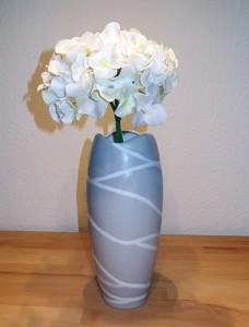 Stylische Vase in telegrau matt