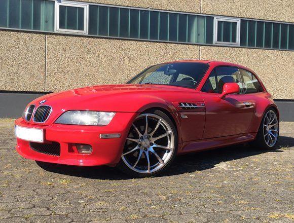 BMW Z3 in rubinrot mit Highglossfinish