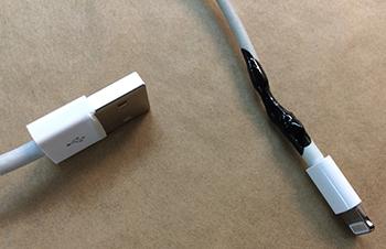 iPhone Ladekabel reparieren