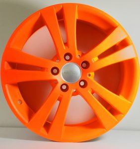 Felge in neon-orange